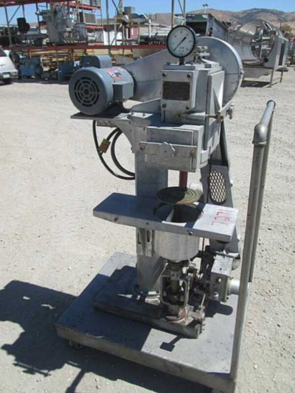 Rooney semi automatic vacuum seamer