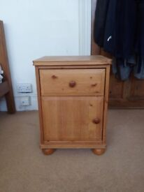 Solid Wooden Bedside Drawers In Good Condition