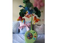 Fisher price rainforest baby cot mobile