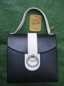 Brand New Black Hard Shell Jewellery Handbag for £5.00