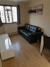 MANOR PARK 2 BED HOUSE
