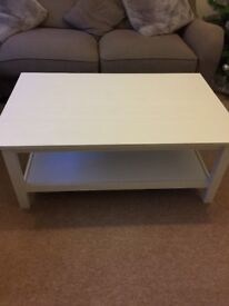 White coffee table and side table