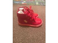 DOLCE & GABBANA KIDS HIGH TOP TRAINERS/ SHOES, SIZE 21 (UK 4.5)