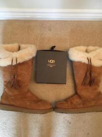 Ugg Tan Plumdale Boots