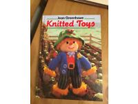 DY5 AREA knitted toys hardback book