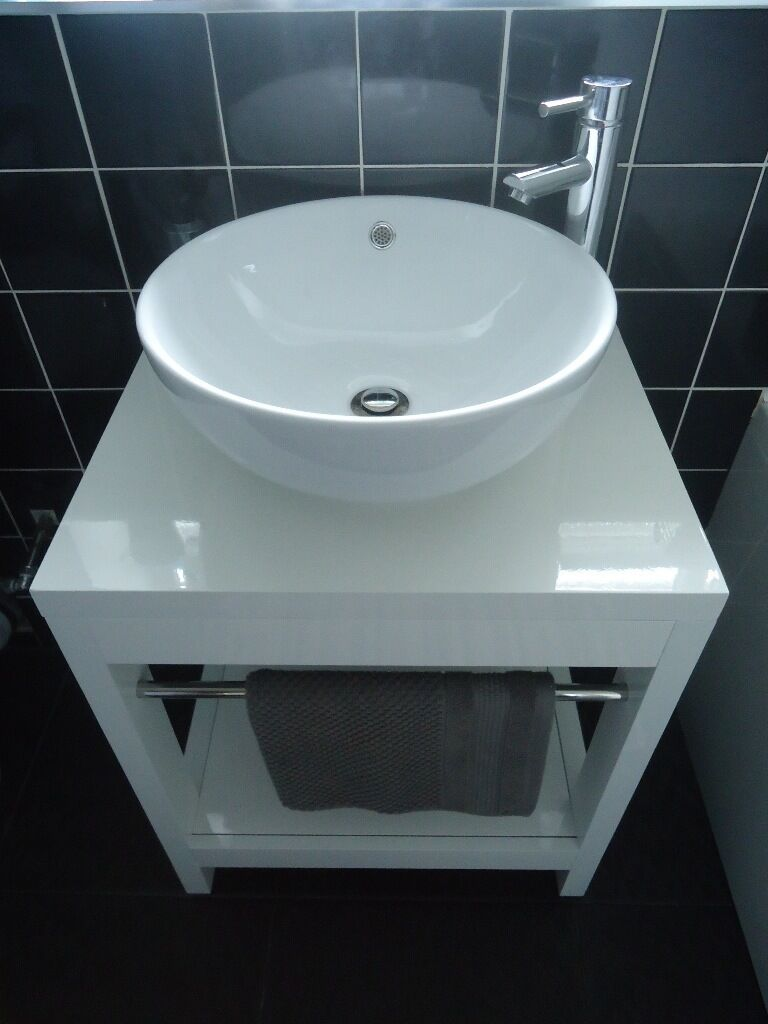 Stylish White Bathroom (Bath, Vanity, Mirrored Cabinet, Heated Towel ...