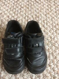 Boys leather light up shoes. Size 8 E