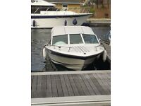 Fast, fun sports boat also an ideal family cruise or fishing boat