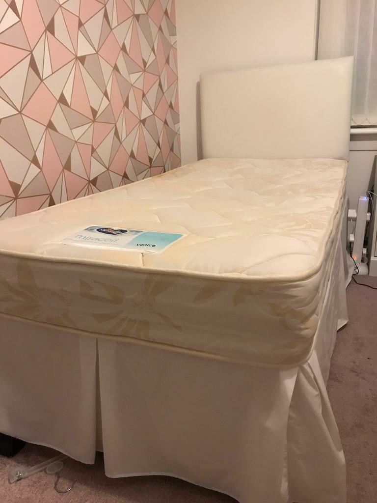 Picture of: Single Divan Bed In Coatbridge North Lanarkshire Gumtree
