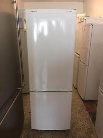 Bosch classixx fridge freezer white medium
