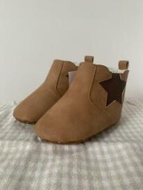 Baby boots 6-12 months