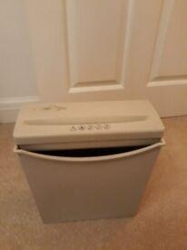 Small home Tesco paper shredder