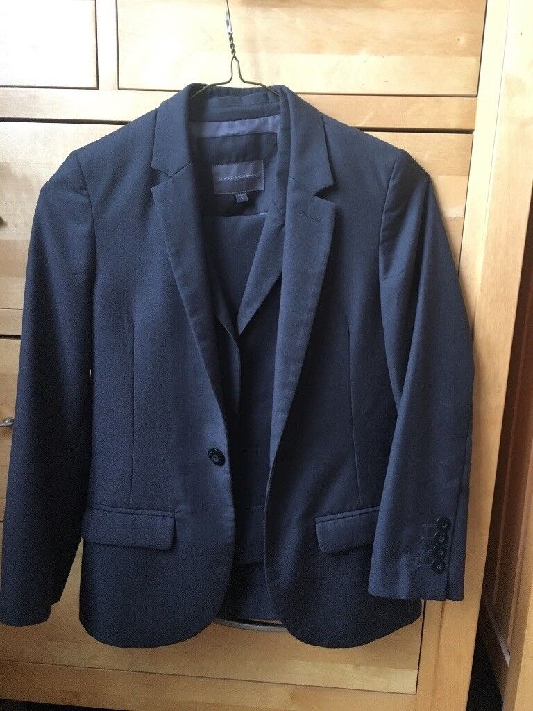 0b31029207fc Boys 3 piece grey suit age 9 | in Claudy, County Londonderry | Gumtree