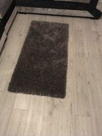 Lovely shaggy rug