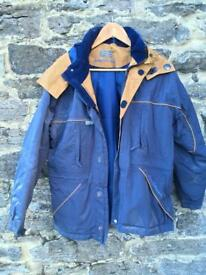 Women's jackets & gilets (small)