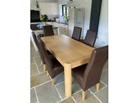 Solid Oak Extendable Table - Like New