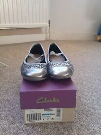 Size 1F Clarks girls party shoes with original box in immaculate condition RRP £45