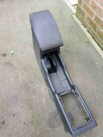 Nissan x trail centre arm rest and storage
