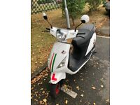 2018 Sinnis Street 50cc Scooter For Sale (800 Miles on clock)