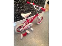 Girls bike age 3-4