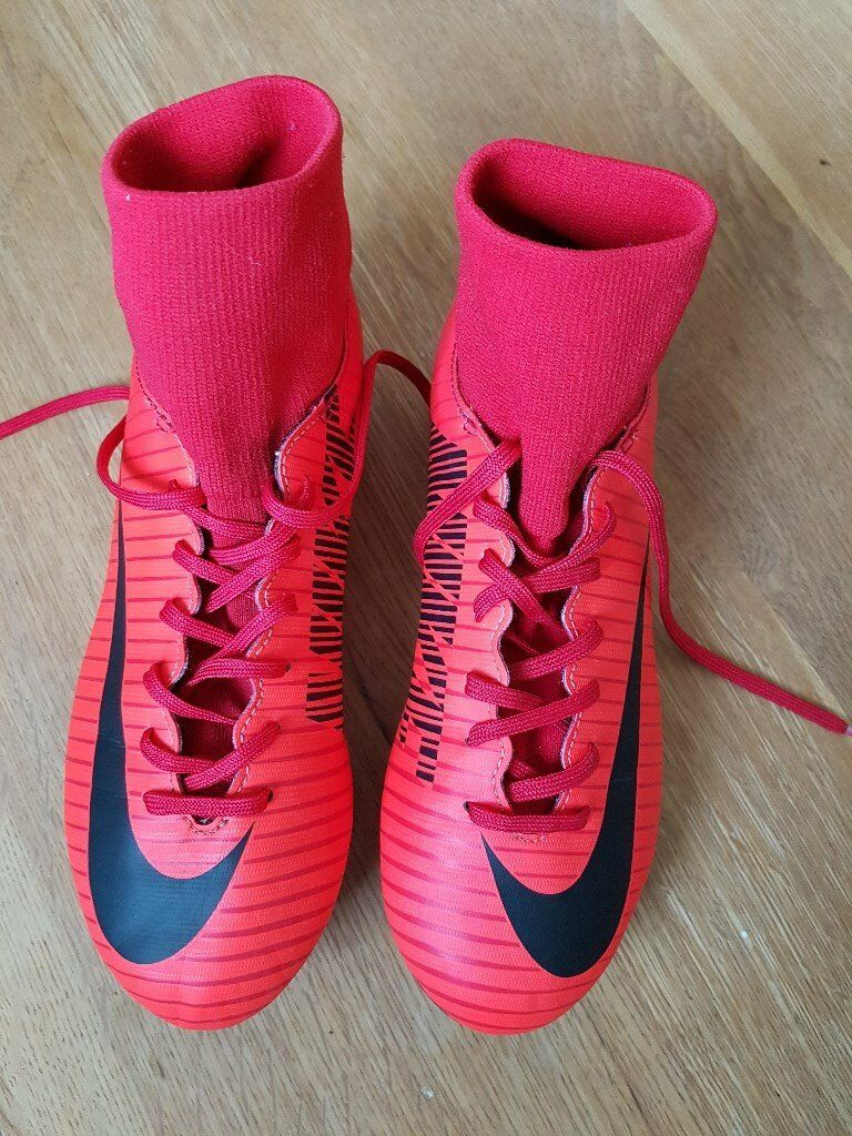 a938c2856f91 Nike Mercurial Victory DF Junior FG Football Boots - Size 4   in ...