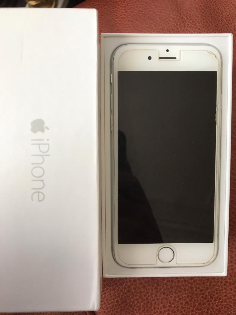 iPhone 6, Unlocked, 128GB in Silver, Boxed and in mint conditionin Pollokshields, GlasgowGumtree - iPhone 6, 128GB in Silver, unlocked, boxed, and in pretty much mint condition.As you can see in the picture, only the screen protector is cracked a little from the side and will be removed when you purchase it. Looking for any decent offers and no...