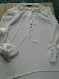 Ladies cream blouse size 20 new