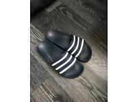 Adidas flip flops size 7