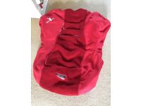 Wallaboo Car Seat Cover - Red (for 9 months-3.5 year car seat)