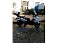 Gilera Yamaha t max beverley Bmw typhoon zip honda
