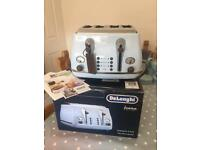 Blue Delonghi Double Toaster