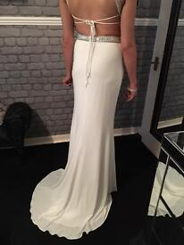 Gorgeous dress ❤️❤️