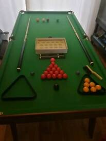 Foldable 6 foot snooker /pool table