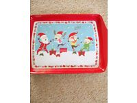 2 small Christmas theme trays - £2.00 each