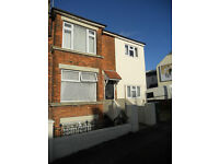 9 BED STUDENT HOUSE & GARDEN, PRIME LOCATION IN ELM GROVE (Ref: 205)