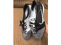 Nike flyknit racer orca 1.0 (UK 9)