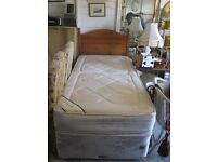 MODERN SINGLE DIVAN, MATCHING MATTRESS & ORNATE PINE HEADBOARD.VIEWING/DELIVERY AVAILABLE