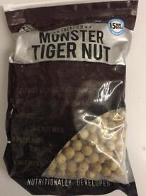 Dynamite monster tiger nut 15mm frozen 12k