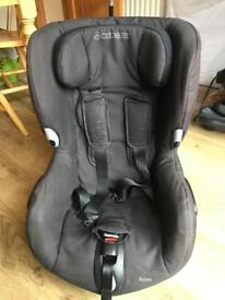 Maxi cost axis seat
