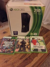 Xbox 360 250GB +3 games