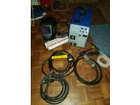 R-TECH 180 MIG WELDER WITH ACCESSORIES