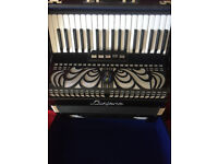 Piano accordion 37 key 96 bass LMM German built Luciano