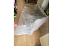 Bubble wrap about 20 meters, 80-90cm wide, 1.5meters long pieces, Clean used once for electronic