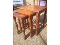 Attractive Vintage Solid Oak Nest of 3 Tables