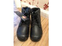 Work boots BRAND NEW (size 8)