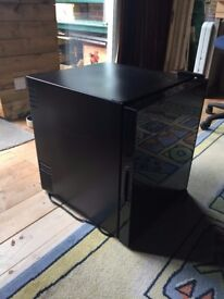 Dark brown/black counter top fridge 'cyclopentane'