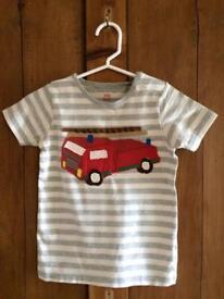 Baby Boden Fire Truck tee 2-3