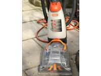 VAX carpet cleaner (rapid deluxe)