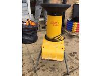 AL-KO H1100S Electric Shredder