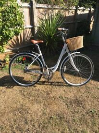 RALEIGH CAPRICE LADY'S BICYCLE (HARDLY USED!) Complete with basket and rear carrier